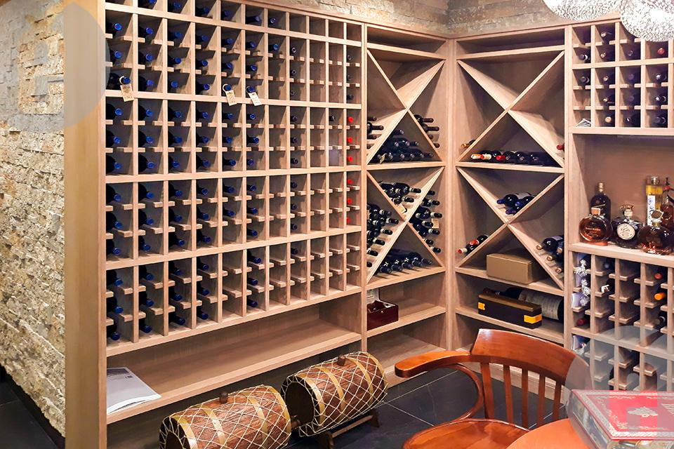 стеллаж для вина из дерева
