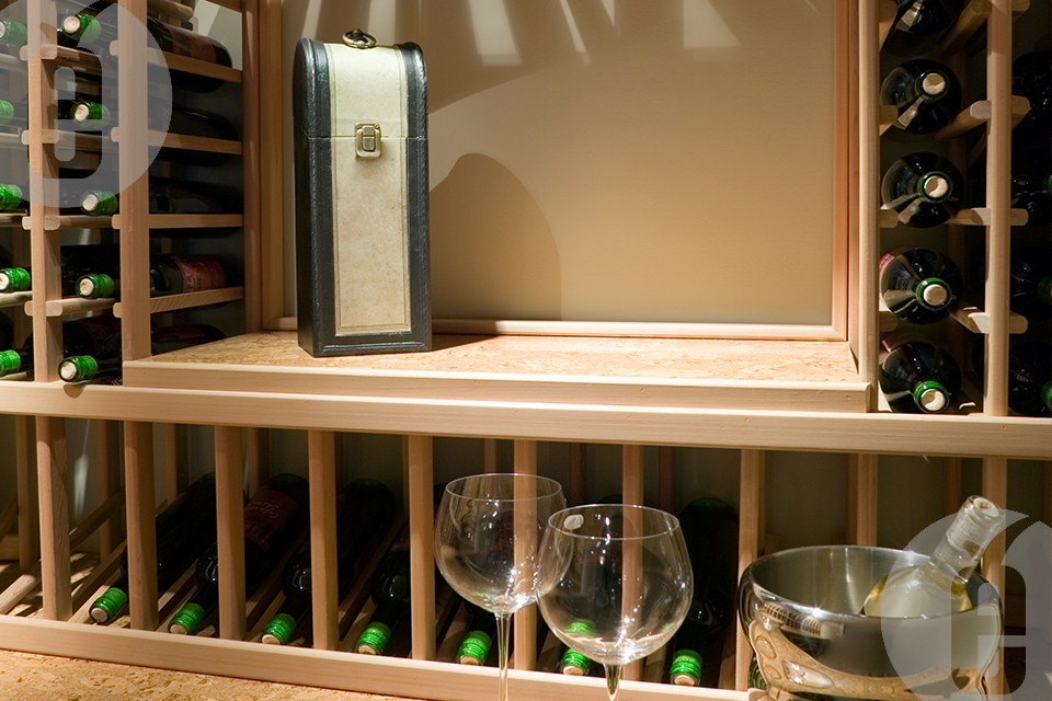Как купить винные стеллажи из дерева
